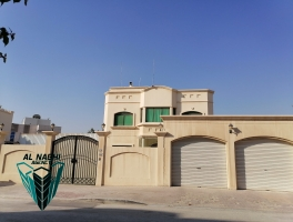 High End 5 Bedrooms Villa @ Aali with private Pool