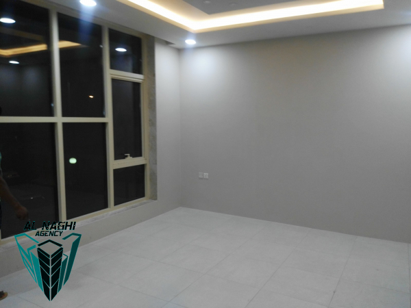 2 bedroom Semi furnished apartment in Mahooz