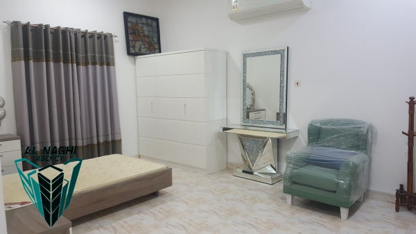 Furnished  studio flat in Saar
